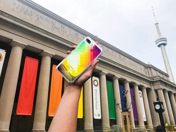 Pride day is coming up Canada! 🌈 Get a rainbow moving Glitz case now for pride spirit! And we're giving away FREE spinners with your purchase on www.casecoinc.com ------ #foreverproud #prideday #casecoinc #glittercase #freespinner #rainbow