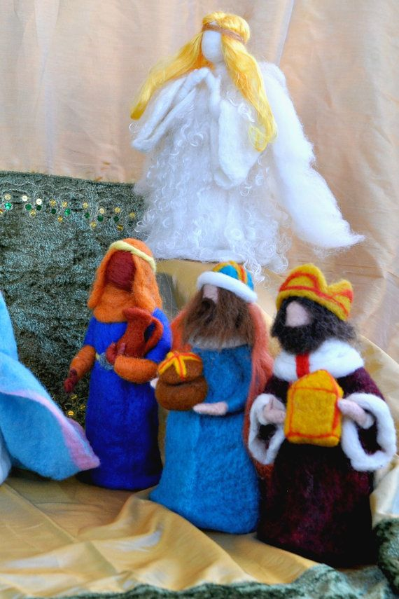 Needle felted Nativity Waldorf. 13 pieces. Made by darialvovsky