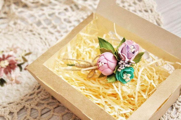 Купить Брошь с цветами - бутоньерка, брошь, брошь с цветами, бутоньерка для жениха, фоамиран