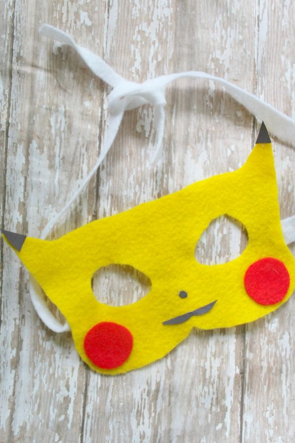 Do you have a Poke'mon fan on your hands? If so then you need to check out this super fun Pikachu mask craft! Great for all Pokemon fans of all ages!