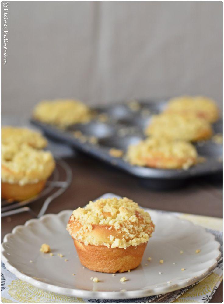 Streuselkuchenmuffins mit Pudding - die perfekte Kombination aus fluffigem Teig, cremigem Pudding und knusprigen Streuseln!