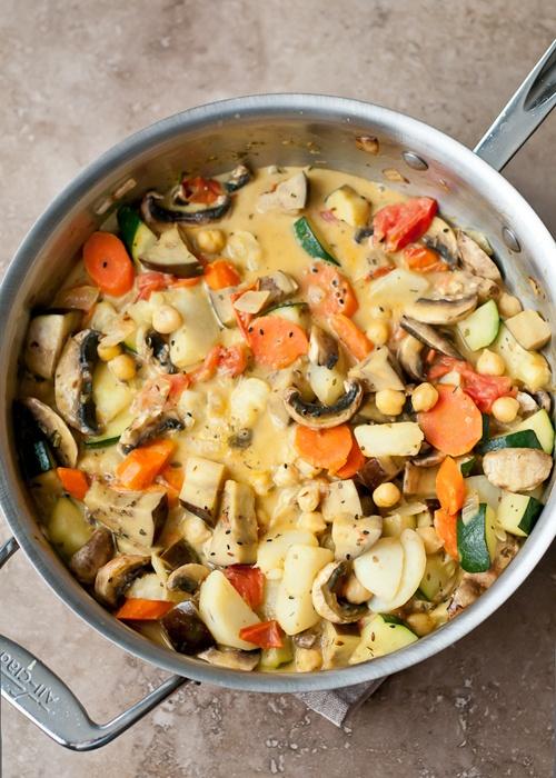 vegetable curry. yum: Veggies Curries, Cooking Recipe, Vegetables Curries, Mixed Vegetables, Summer Vegetables, Coconut Milk, Curries Recipe, Mixed Veggies, Tasti Vegetables