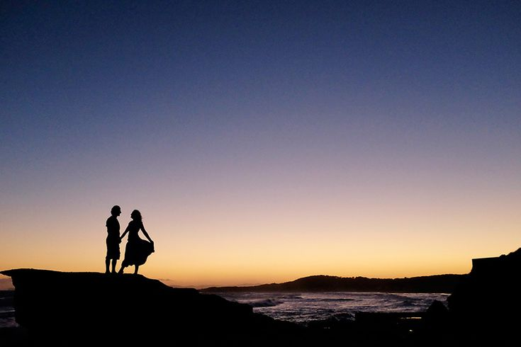 Love This! Matt and Kerilyn at Soldiers Beach |  Photograph by Impact Images #beachweddinglocationscentralcoast