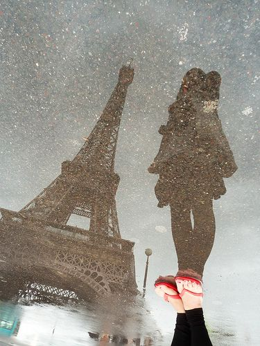 Paris, France: Idea, Paris Travel, Eiffel Towers, Cool Pictures, Paris Photography, Perspective, Cool Photo, Shadows, Rain