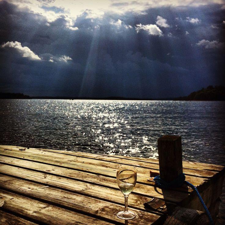 """Nu kommer """"regne"""".... Åskväder över Fastlandet men än skiner solen på oss!"""