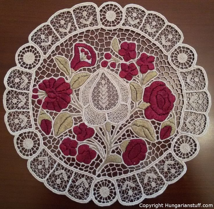 "Round ""Kalocsa"" Richelieu with white pattern and purple flowers_hungarianstuff.com"