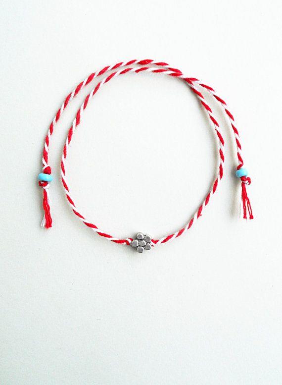 MartisMarch braceletMinimalistFlower charmCharm by StigmaHandmade