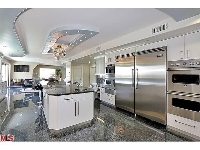 Kitchen Cabinets Maker In Sherman Oaks