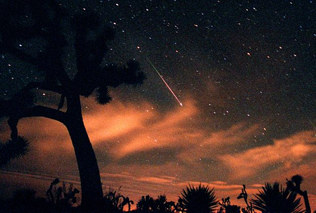 I am So watching this early AM! Quadrantids meteor shower is at it's peak Jan 4th from 3am-dawn with clear skies