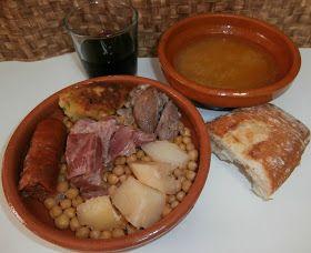 Ingredientes:   400 gr de garbanzos de Daganzo Godin Fernández   1 trozo de carne de morcillo.  1 chorizo fresco.  1 hueso de espinazo....