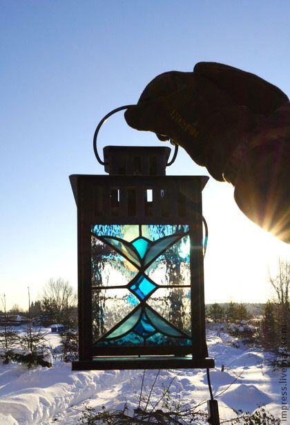 Элементы интерьера ручной работы. Ярмарка Мастеров - ручная работа фонарь витражный Синий Иней с кронштейном. Handmade.