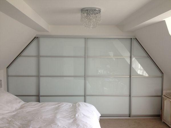 1000 id es propos de armoire coulissante sur pinterest. Black Bedroom Furniture Sets. Home Design Ideas