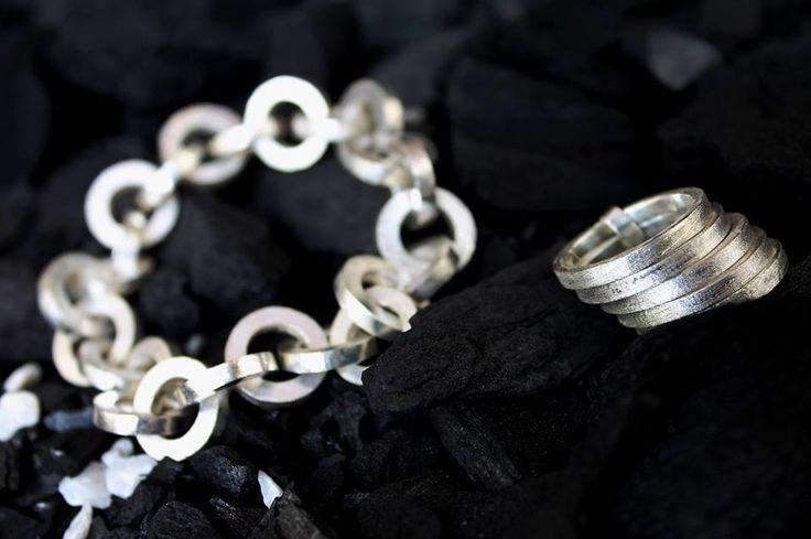 anillo y pulsera VIA LACTEA  by Heidi Peirano Jewelry  #spazzio  #heidipeiranojewelry