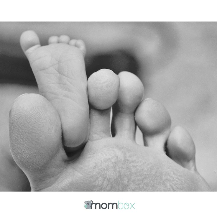 #Mombox #Bebé #Maternidad #pies #cute #baby