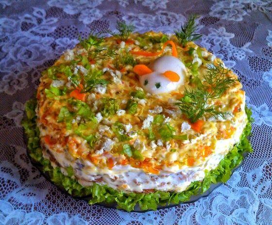Печеночный торт из куриной печени с грибами и морковью