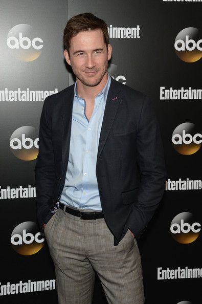 Barry Sloane Photos: Entertainment Weekly and ABC Upfront Celebration