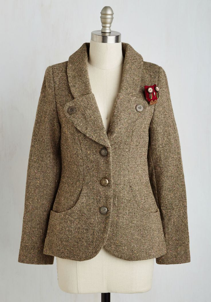 Hoot and Scholar Blazer. Praise for your polished style will be abundant when you take campus by storm in this brown tweed blazer! #brown #modcloth