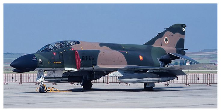 McDonnell Douglas F-4 Phantom II, 12th Wing, Ejército del Aire (Spanish Air Force), decommissioned.                                                                                                                                                      Más