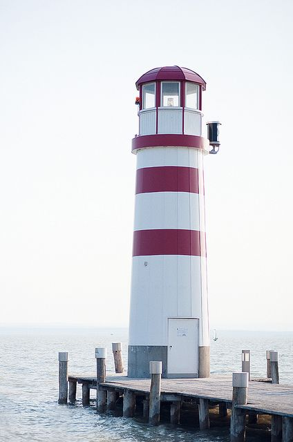 gorgeous_maiak_lighthouse