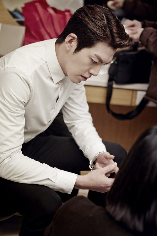 Kim Woo Bin shares his experience behind the scenes of ...
