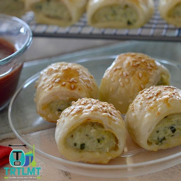 Chicken, Feta and Spinach Sausage Rolls – The Road to Loving My Thermo Mixer