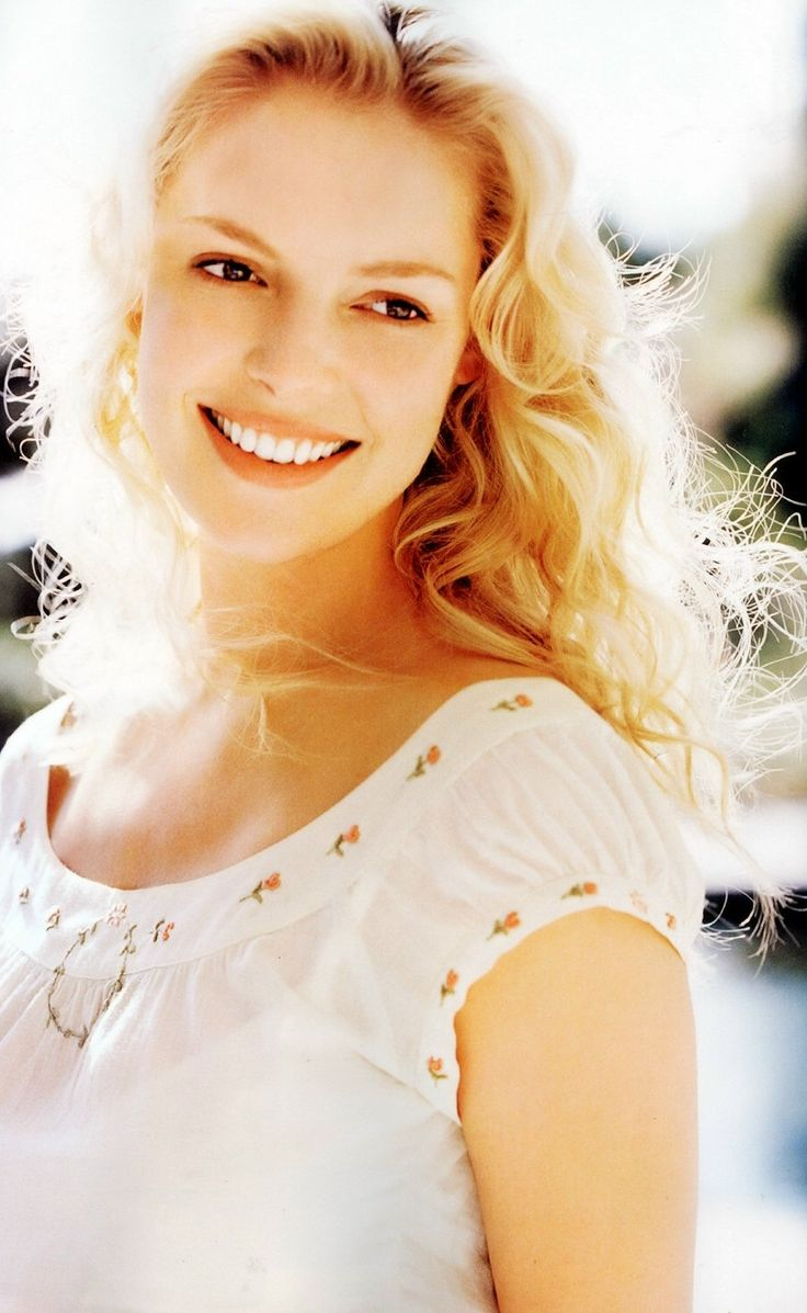Katherine Heigl...I love her to death on Grey's Anatomy!!