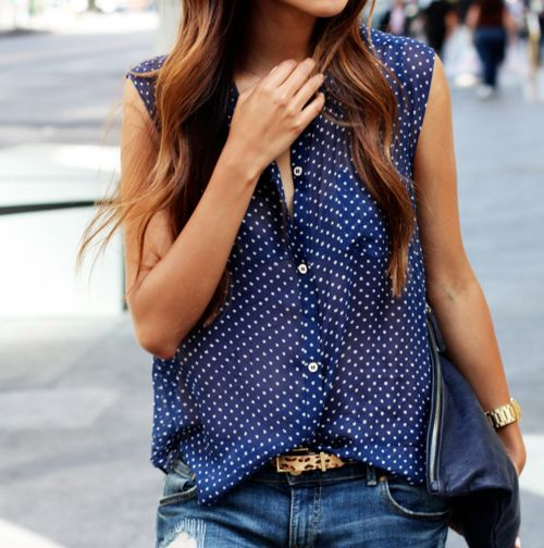 : Polka Dots Tops, Leopards Belts, Blouses, Shirts, Street Style, Outfit, Boyfriends Jeans, Polkadots, Blue Polka Dots