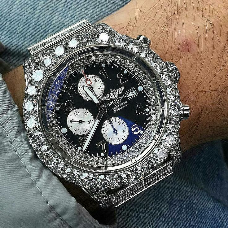 Breitling 1884  Price aproxx. $28000 USD  #watch6ix #breitling #breitlingwatch #swissmade #swisswatches #luxurytimepieces #watches #luminescent #swisswatch #luxurywatches #chronometer #automaticwatch #mechanicalwatch #tachymeter #watchporn #tourbillon #chronograph #gems #ruby #diamonds #instawatch #watchmania #moonphase by watch6ix