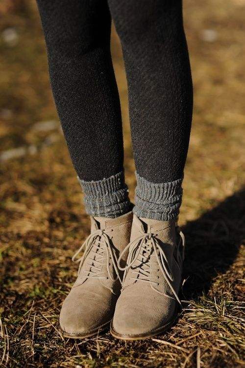 Cute tights and shoes for fall