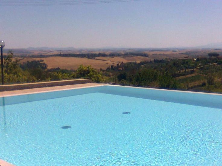 Wonderful Casato placed in the Siena's countries but near the city centre. Santa Regina is a beautiful seventeenth-century farmhouse which has been recently...