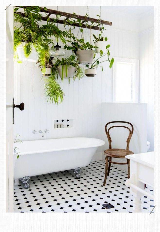 Blue Bathroom Ideas And Tips To Decorate The Environment With This Color En 2020 Deco Salle De Bain Echelle Bois Deco Decoration Plantes Interieur