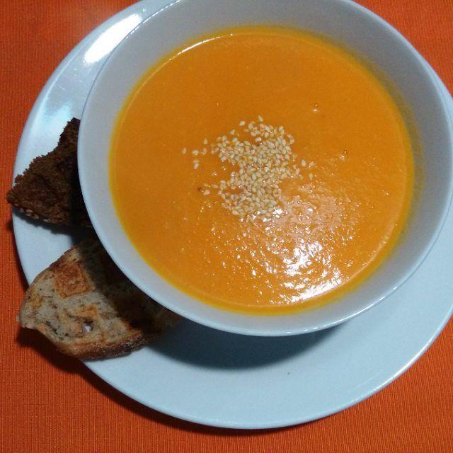 Морковно-имбирный суп. Ням-ням. #garden #love #space #vegan #vegeterian #rawfood…