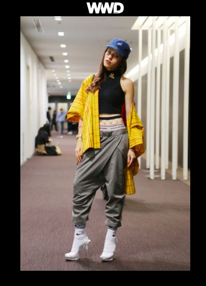 WWD Japanese Magazine, fashion, street style, yellow kimono, sock heels