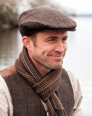 Cap of herringbone tweed in traditional flat-cap style | Muckross Weavers, Ireland