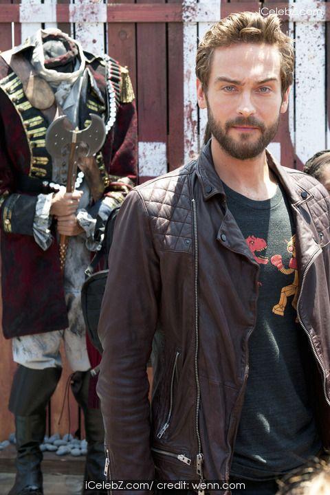 Tom Mison 'Sleepy Hollow' photocall during Comic Con: San Diego 2014 http://icelebz.com/events/_sleepy_hollow_photocall_during_comic_con_san_diego_2014/photo7.html