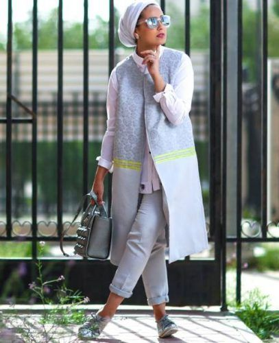 long cardigan jacket hijab style- Hijab lookbook ideas http://www.justtrendygirls.com/hijab-lookbook-ideas/