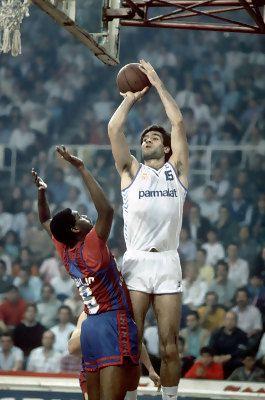FCB vs Real Madrid, 87/88. Antonio Martín over Cándido Sibilio.