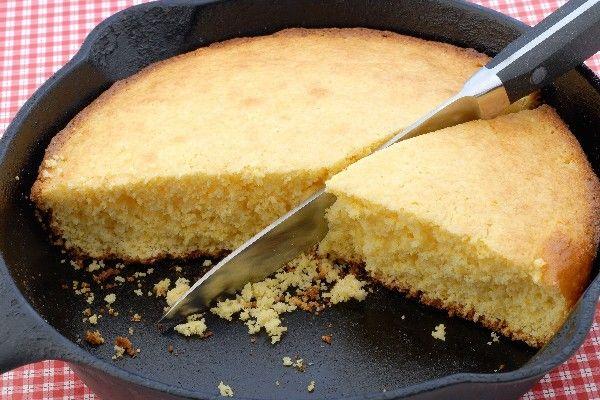 "Cast Iron Skillet Corn Bread Recipe>>>""REAL"" Southern corn bread has no sugar in it but I do enjoy sugar in mine."