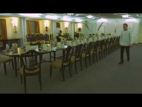 3 hours into 90 seconds see how britannia 39 s butlers set for P o britannia dining rooms