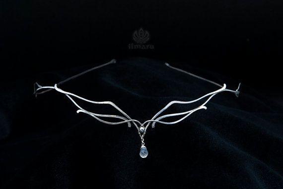 Sterling zilveren circlet met regenboog Maansteen-zweefvliegtuig - bruiloft diadeem Renaissance Bridal Elven Tiara middeleeuwse zendspoel Elvish Wire wrap
