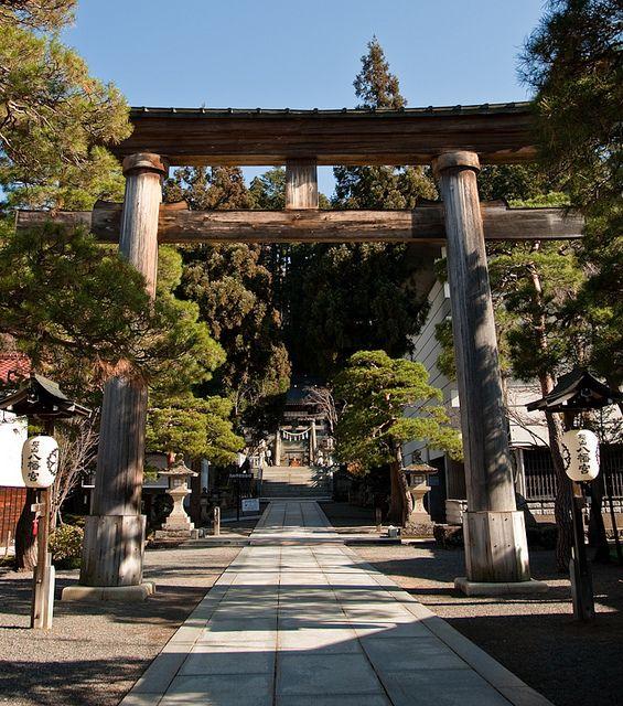 Sakurayama Hachiman Shrine Torii gate, Takayama