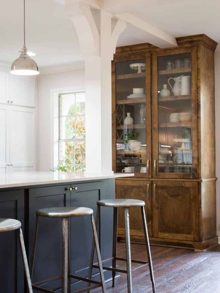 Images Kitchen With Cabinets Tight To Window Casing
