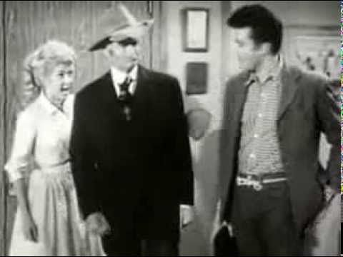 The Beverly Hillbillies - Elly Becomes A Secretary - Free Old TV Shows F...