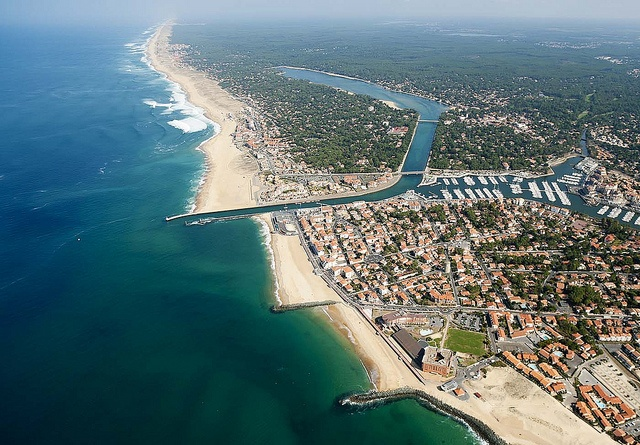 Quiksilver Pro France 2012  Coast - Bird's Eye View © Testemale by Quiksilver Galleries, via Flickr