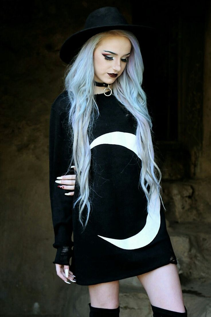 Goth Girl / Gothic Girls / Crescent Moon Goth Dress / light blue hair