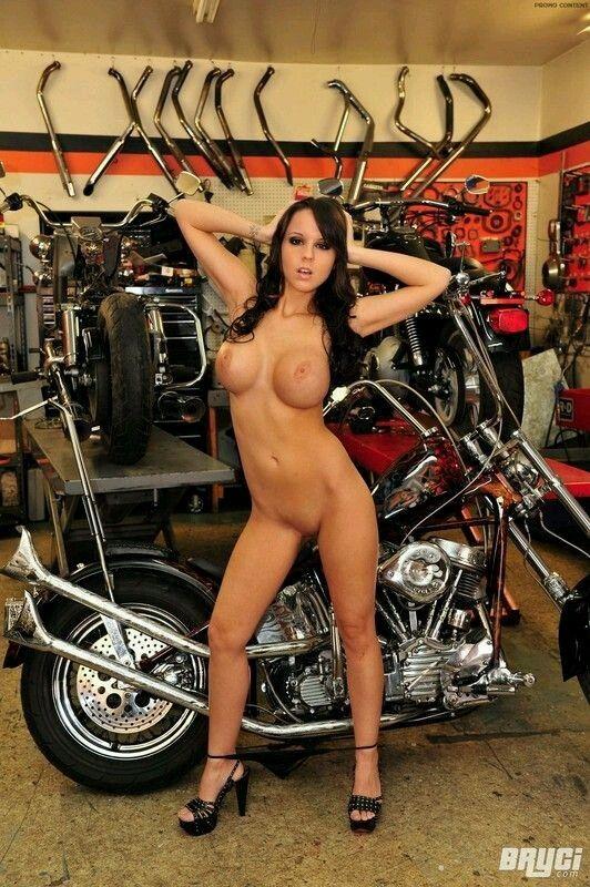 MOTORCYCLE_GIRL,#BIKE,#GARAGE...