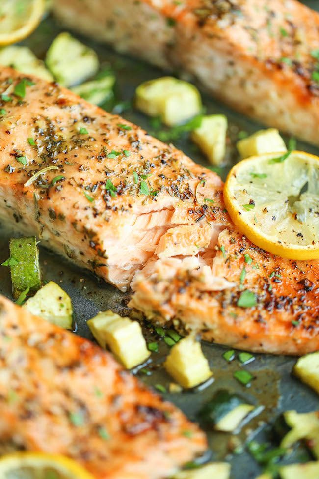 One pan lemon herb salmon and zucchini recipe healthy for Pan grilled fish