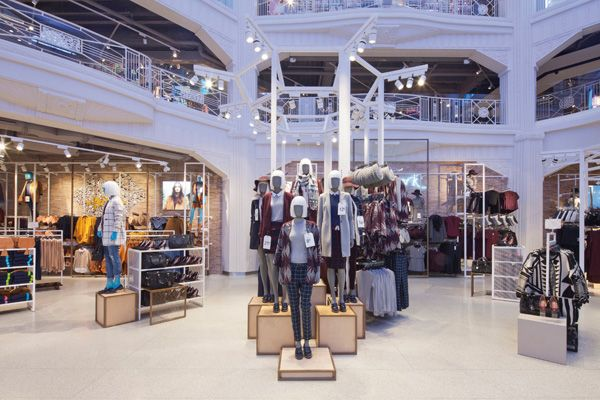 "PRIMARK,Madrid, Spain, ""The immersive,theatrical space combines pioneering digital design with bespoke art installations"", (designed by Dalziel and Pow), pinned by Ton van der Veer"