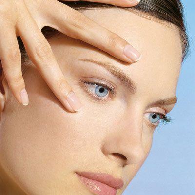¿Sabes lo que un buen contorno de ojos debe aportar a tu piel? Energía / Firmeza / Elasticidad / Luminosidad / Efecto / Lifting / Anti bolsas-ojeras.  http://magisterformula.com/producto/contorno-labios-ojos-caviar-lifting/