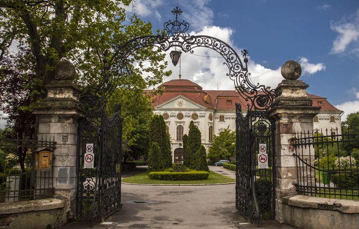 head Palatul Episcopal Romano-Catolic din Oradea